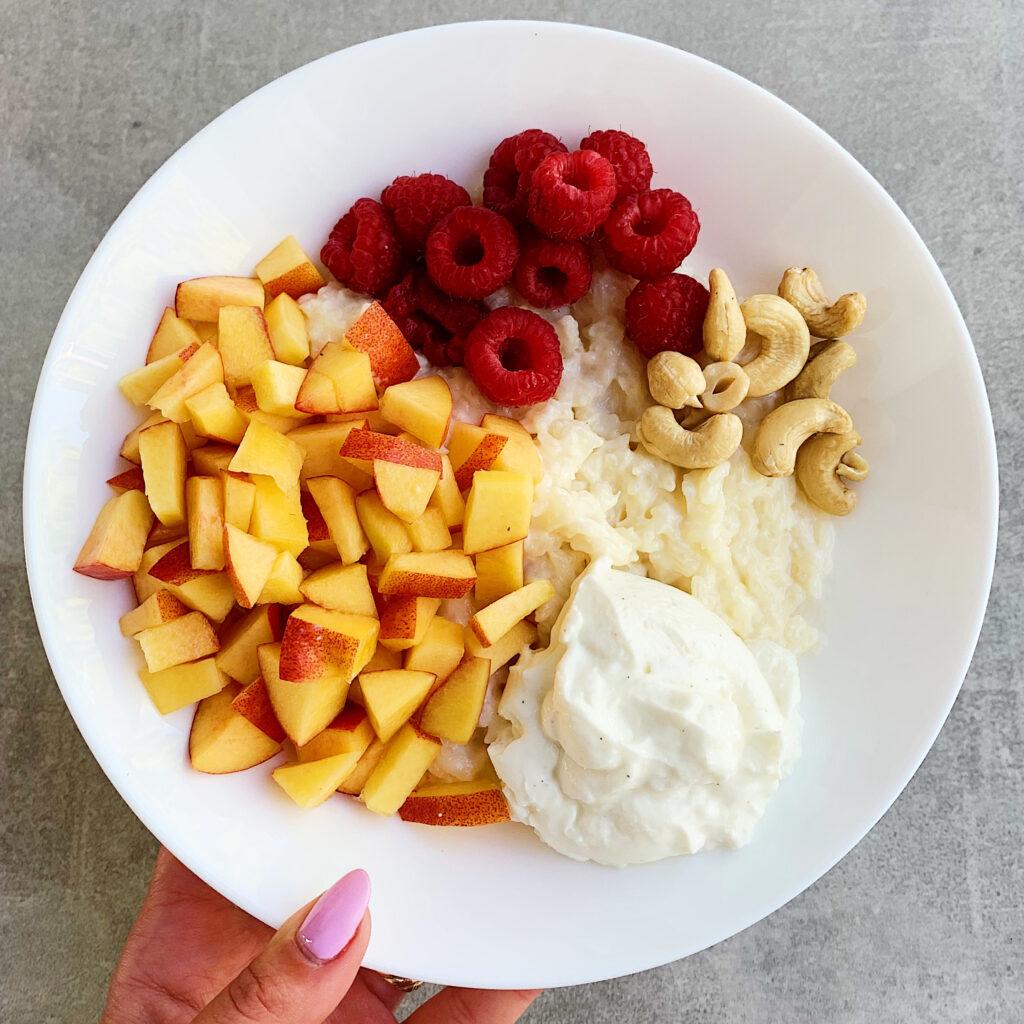 pudding ryżowy z owocami